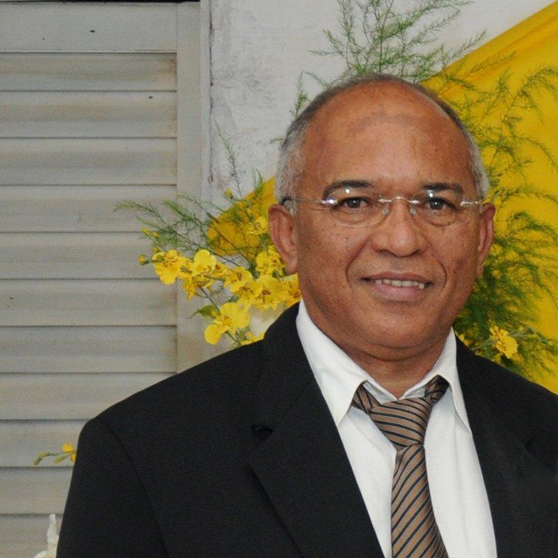 Edom Ferreira
